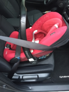 babyschale test 3 punkt gurt isofix system vor und. Black Bedroom Furniture Sets. Home Design Ideas